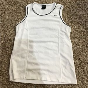 Women's size M Nike tank
